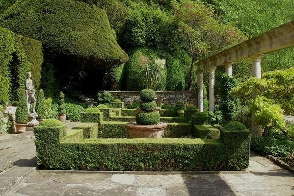 Formal gardens for Formal garden design